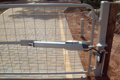 Swing Gate Motor Selection – Factors to Consider